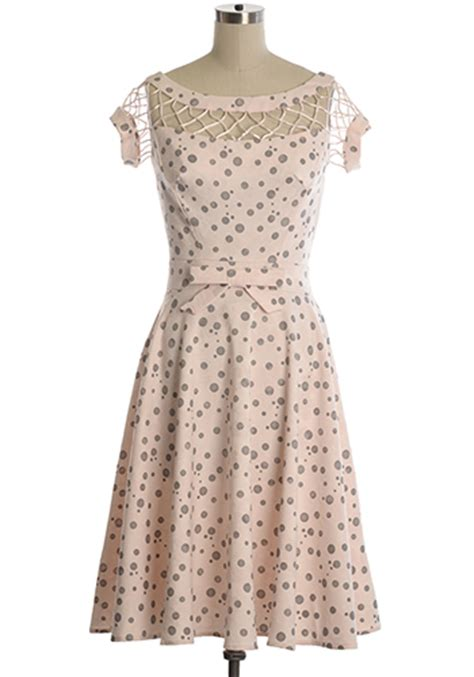 Maxi Brukat Alika Pink Alika Dress In Pink 85 00 S Vintage Style