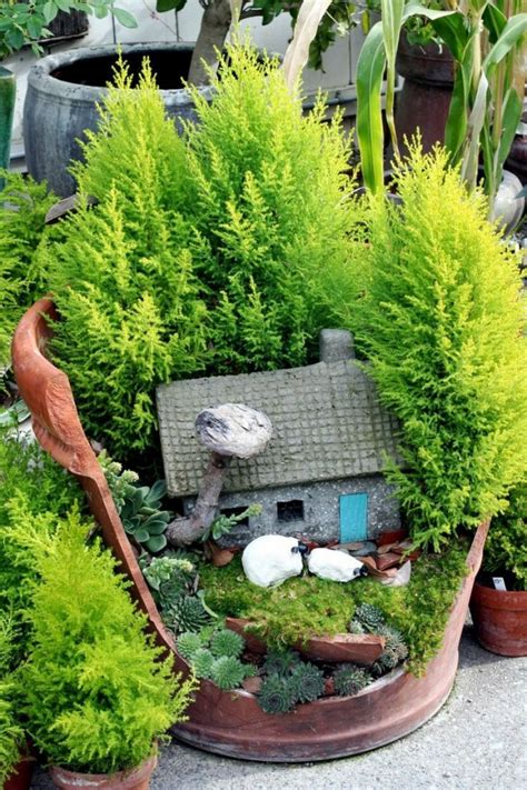 Creative Ideas To Make Fairy Mini Garden From Broken Pots Miniature Gardens Ideas