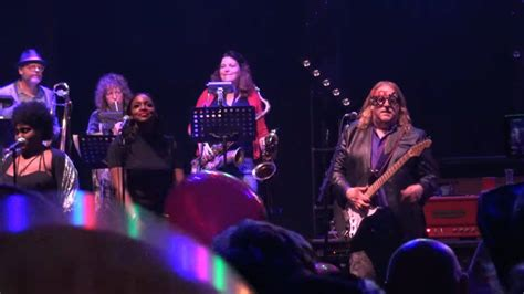 musician that died recently 2016 gov t mule guests honor musicians who died in 2016 on