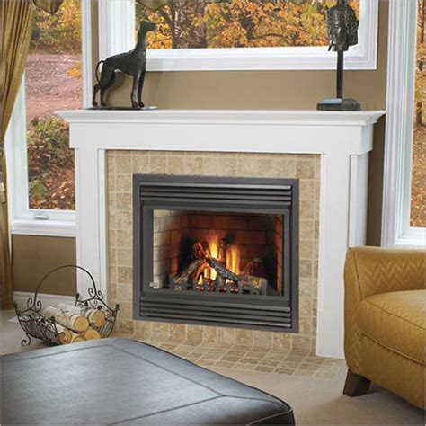 how to decorate a small living room with fireplace home
