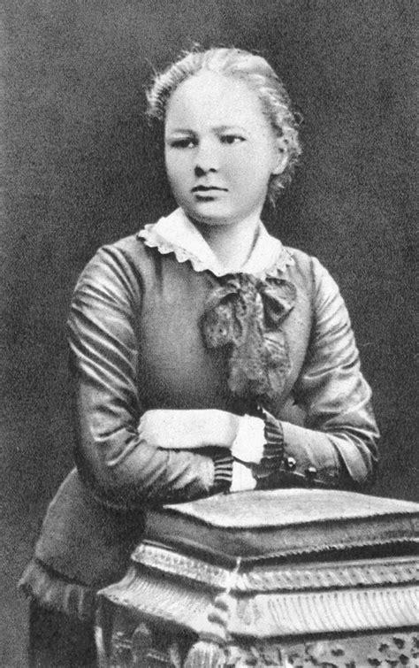 marie curie wikipedia file marie sklodowska 16 years old jpg wikimedia commons