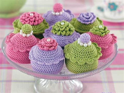 which is harder knitting or crocheting knit cake and crochet bakes the great