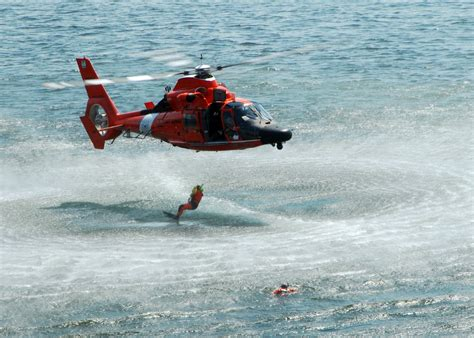 Coast Guard Search File Us Navy 090729 N 4649c 002 A U S Coast Guard Search And Rescue Team Perform A