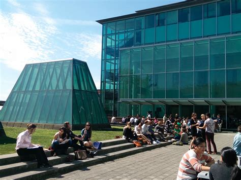 Top Mba Schools In Seattle by The 25 Best Schools In America Connecticut Post