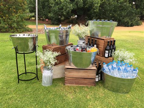 drinks station perfect idea for an outdoor wedding