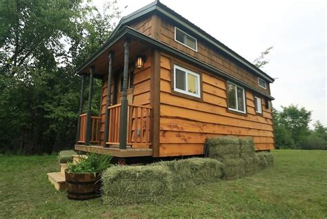 tiny house pictures fyi network and tiny house nation tiny house hunting