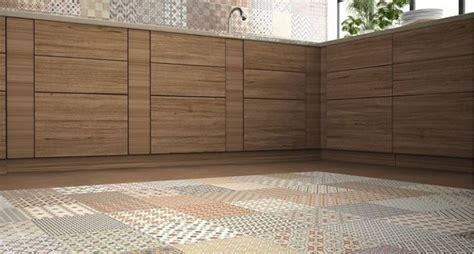 piastrelle cucina pavimento pavimento cucina idee e soluzioni consigli cucine