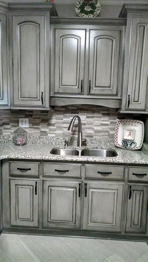 grey painted kitchen cabinets 25 best chalk paint cabinets ideas on pinterest chalk
