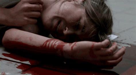 imagenes de niñas suicidas deprimido on tumblr