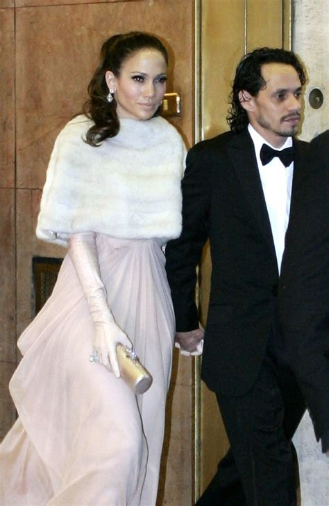 Marc Anthony Buys 26m Earrings To Thank For by Fur Scarf Looks Stylebistro