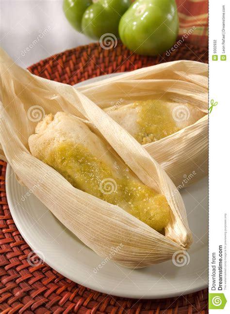 imagenes de tamales verdes tamales mexicanos verdaderos foto de archivo imagen 9302932