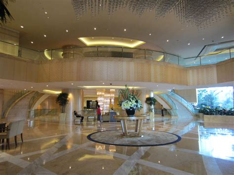 world largest hotels world hotel malaysia asia lobby
