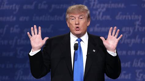 donald trump hands donald trump s caign website goes down during debate
