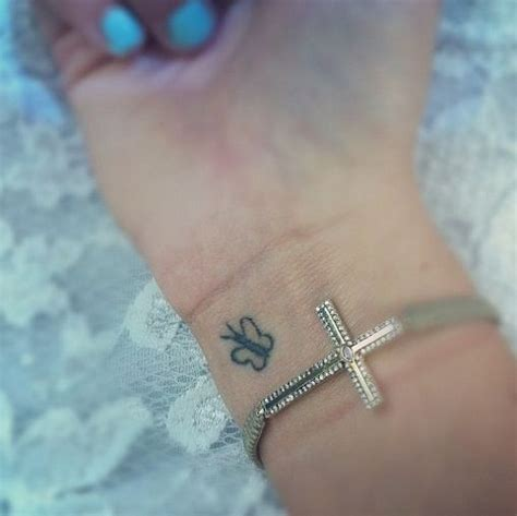 butterfly tattoo wrist meaning butterfly wrist tattoos designs ideas and meaning
