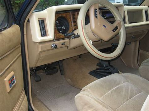 1985 Ford Bronco Interior by Buy Used 1985 Ford Bronco Ii Eddie Bauer Sport Utility 2