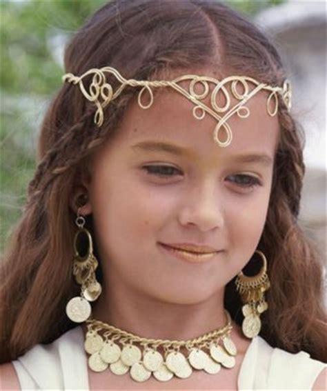 roman goddesses hairstyles greek goddess girls costume costumes pinterest coins