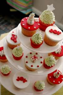 christmas cupcakes photo 460391 fanpop