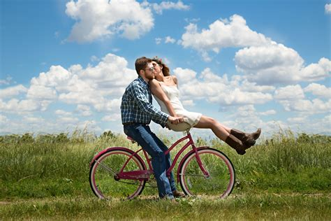 Romancing Couples Images