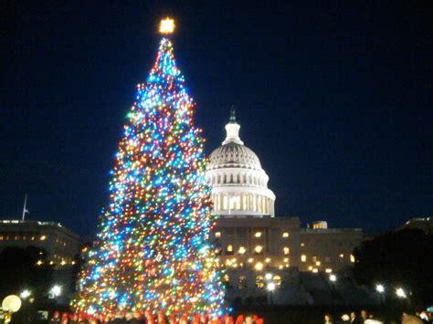 christmas in america trees met het vieren kerst wordt satan aanbeden
