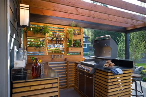 Backyard Grill Station Outdoor Kitchen Pictures From Diy Network Cabin 2015