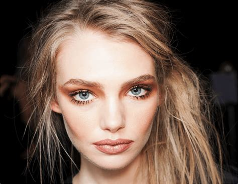 Lipstick To Open Up Fashion Week by New Zealand Fashion Week Mac Backstage Wrap