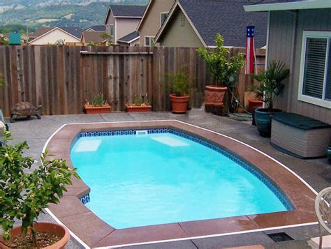 cheap pool ideas cheap small inground pool designs for small spaces pool