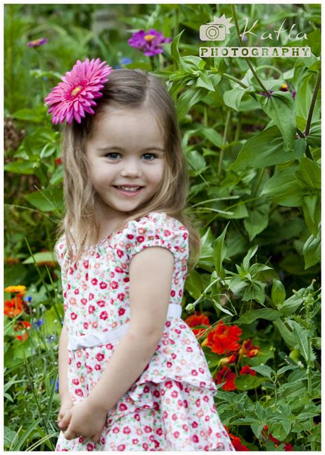 little girls little pics little girl in the garden by bodhichita on deviantart