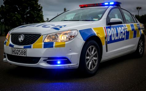 new car nz call to ensure guns on in patrol cars radio new