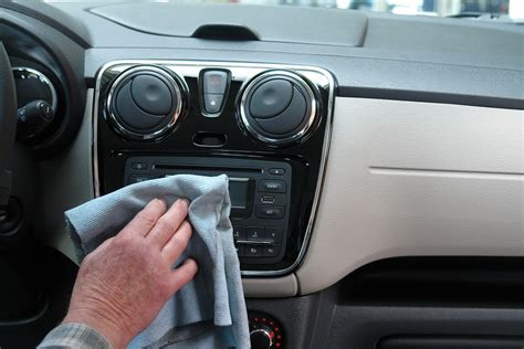 lavaggio interni auto prezzi prodotti per lavaggio auto