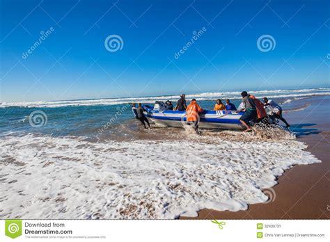 boat terms skipper scuba dive boat beach launch editorial photo image 32439731