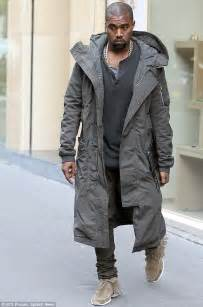 Jogger Pant Dc Line Grey kanye west slams fendi and s hedi slimane for