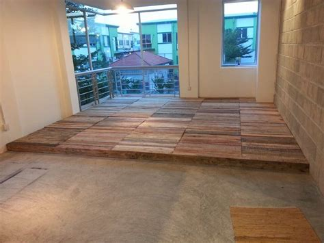 interior flooring done with pallets 100 images diy
