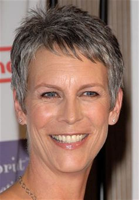 Jamie Lee Curtis So Awesome I Couldn T Deceide If True | jamie lee curtis not afraid to age gracefully beautiful