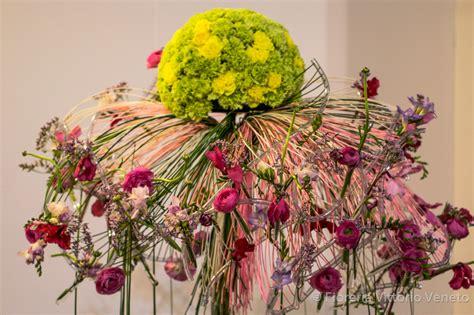 composizione fiori freschi composizioni con composizioni con fiori freschi