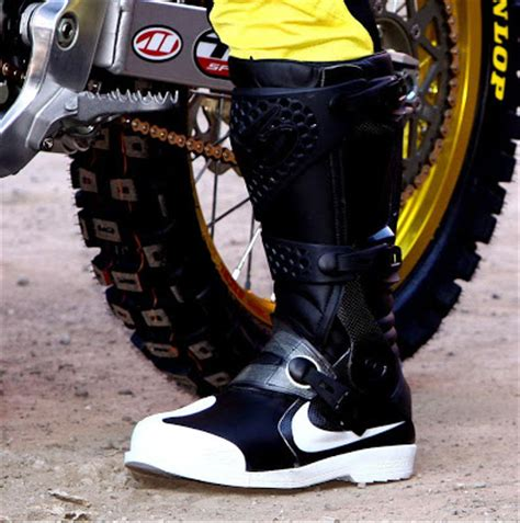 nike motocross boots for nike 6 0 air mx boot makes its appearance