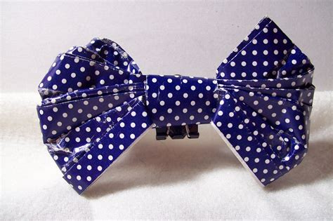 How To Make Paper Bow Tie - how to make a paper bow tie ehow uk