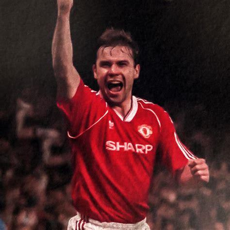 georg best george best utd legends profile manchester united