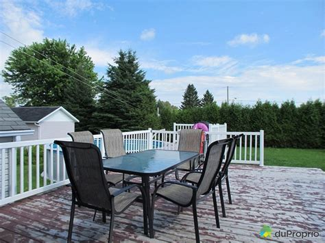 set de patio a vendre maison vendu st marc des carrieres immobilier qu 233 bec