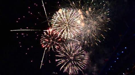 tattoo edinburgh fireworks royal edinburgh military tattoo 2013 fireworks youtube