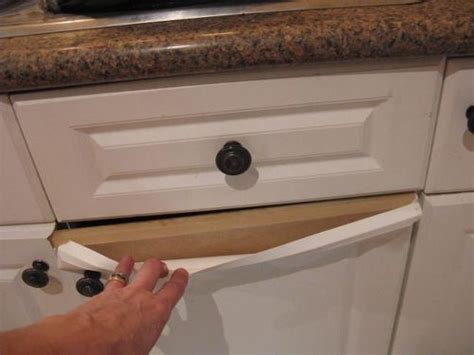 paint laminate kitchen cabinets how do you paint laminate kitchen cupboards when they re peeling hometalk