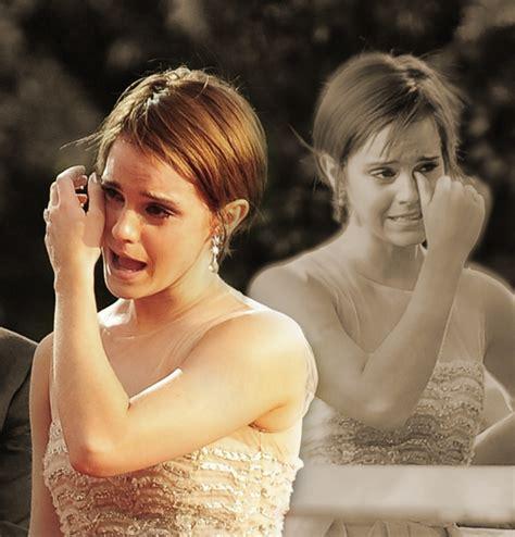 emma watson crying emma watson crying emma watson fan art 23789754 fanpop