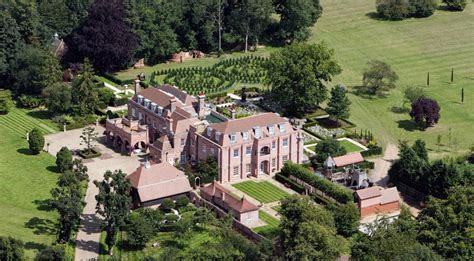 A Mansion For David Beckham Say No Way by The Beckhams Sell In The Country And Make Offer In The