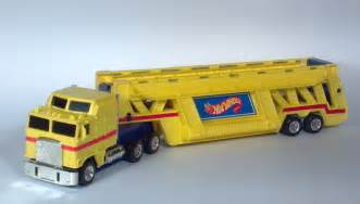 Wheels Semi Truck Carrying 1986 Wheels Semi Truck Trailer Auto Transporter Car