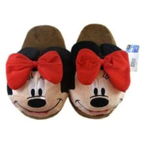 Minnie Mouse Bedroom Slippers by Bedroom Slipper On Slippers Golf Style