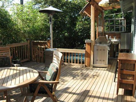 wohnfläche balkon kleine balkon esszimmer designs coole ideen f 252 r