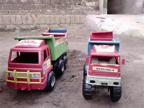 Mainan Anak Truk Keruk Oct6107 truk vs bego doovi
