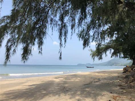 beach destinations   family holiday