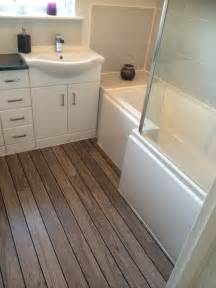 bathroom floor ideas for small bathrooms 25 best ideas about small bathroom layout on pinterest