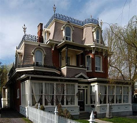 15 must see mansard roof pins european homes victorian mansard roof awesome architecture elements pinterest