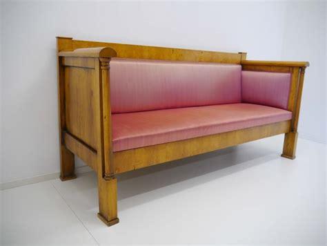 wasserflecken sofa biedermeier sofa birke freistehende volls 228 ulen um 1820